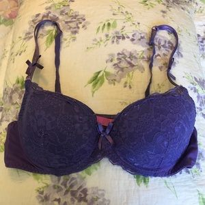 Betsey Johnson Intimates Lace Bra Size 36C